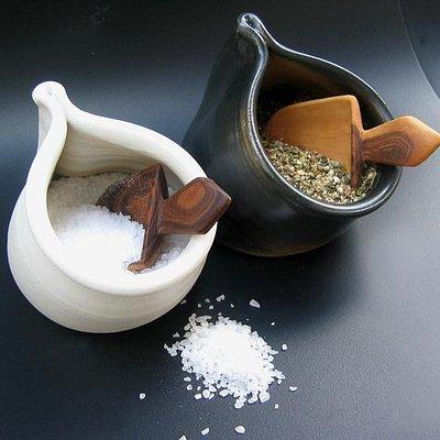 Salt og peber kar fra Pottemagerens Hus