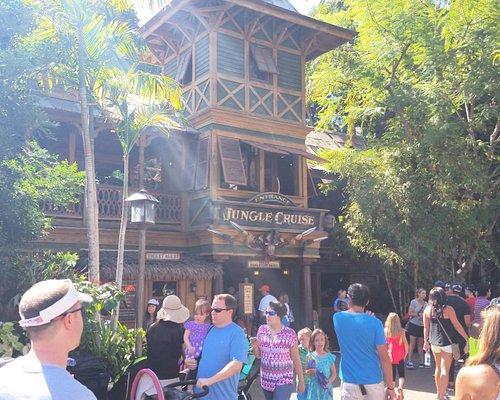 Jungle Cruise entrance