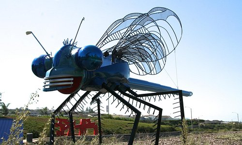Dragon fly from used car parts