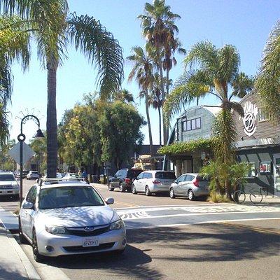 Cedros Design District