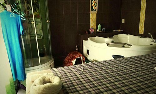 Garavee Spa and Massage Leamchabang, Chonburi, near Habor mall...Take for relaxing and Beauty .