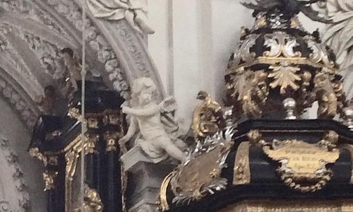 Close up of pulpit and angels