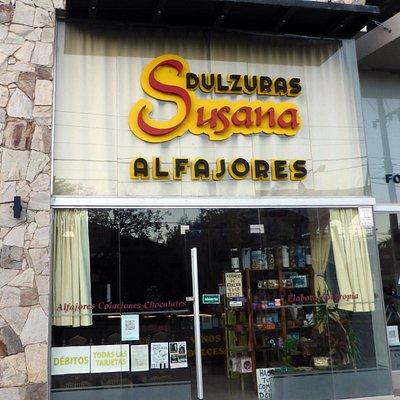 Av. del Sol 454 / COLACIONES y ALFAJORES ARTESANALES