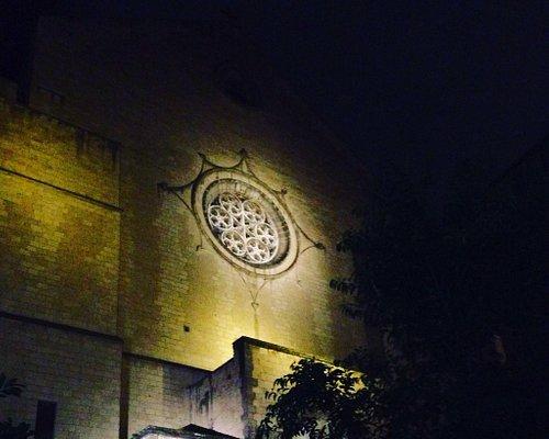 Facciata frontale della Chieda / Basilica