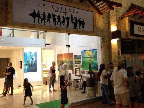 La Galería Centro de Artes y sus artistas.