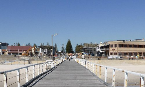 Henley Square Under Construction4