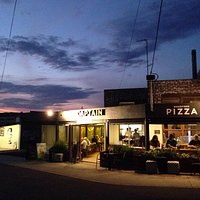 venue- Perfect for pizza & Drinks!