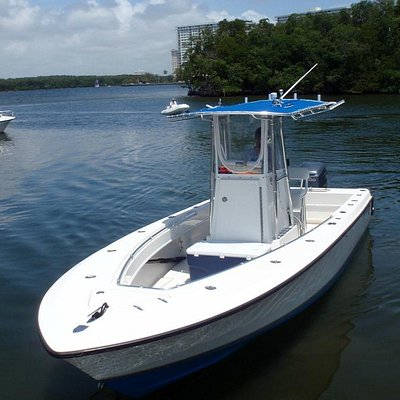 Contender fishing charter boat