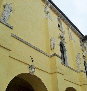 Palazzo Ragazzoni-Flangini-Biglia