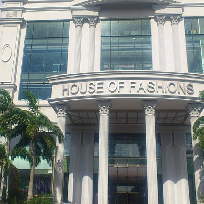 Front elevation of House of Fashion
