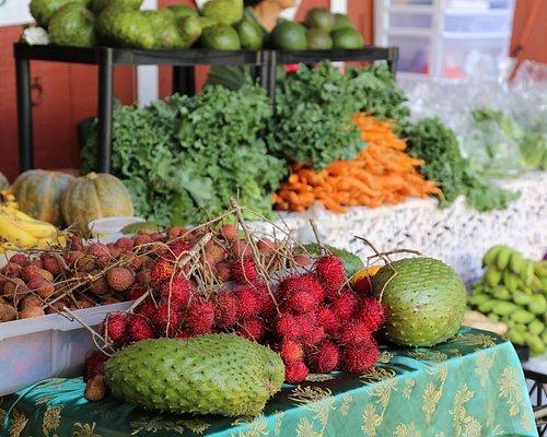 野菜や果物のお店