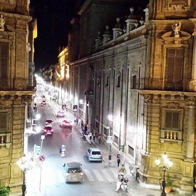 Piazza dei 4 Canti from Palazzo Costantino