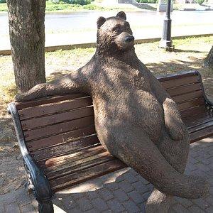 Медведь, Новгород