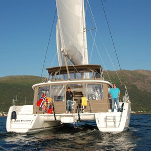 Arctic Princess - Luxus catamaran Lagoon 450. She is designed for both daytrips and overnight to