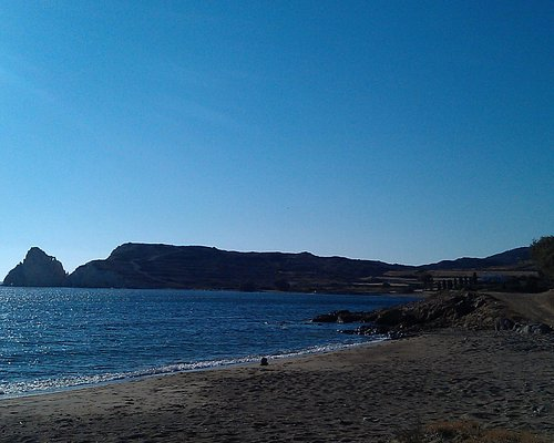 Mavrospilia Beach, Kimolos Island