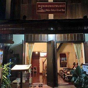 Happy end massage luang prabang