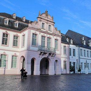 Дворец Вальдердорф