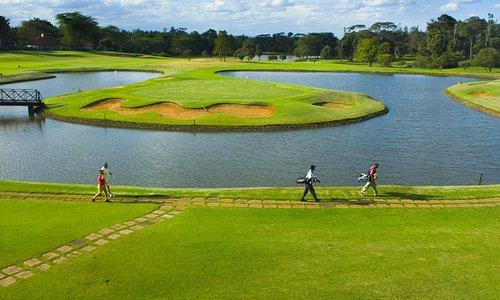 For a memorable golf vacation that always delivers much more than it promises, Kenya is the natu
