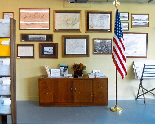 Early maps, biographies, old family photos for all the genealogy and history buffs