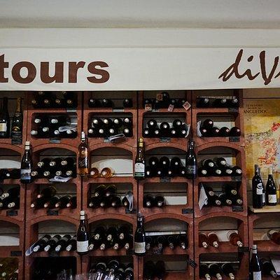 Détours diVins, épicerie fine & bars à vin