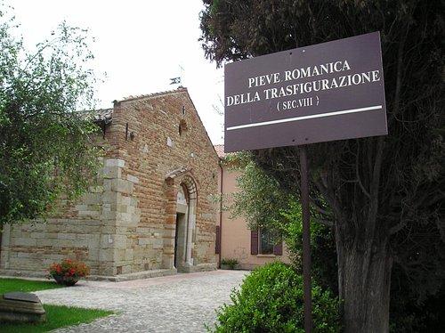 La Pieve Romanica della Trasfigurazione a San Salvatore