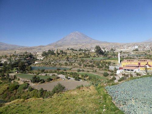 Volcán desde mirador Carmen Alto