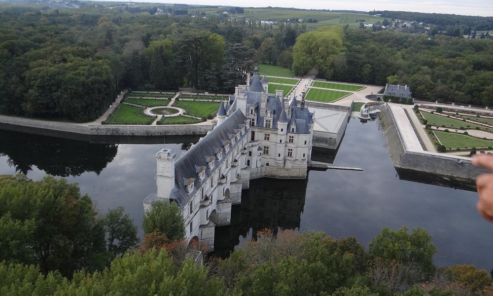 best view of Chenonceaux!