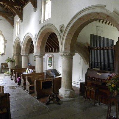 Kelmscott Church nave
