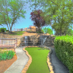 Mini Golf Hole 1