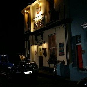 Lovely back street pub