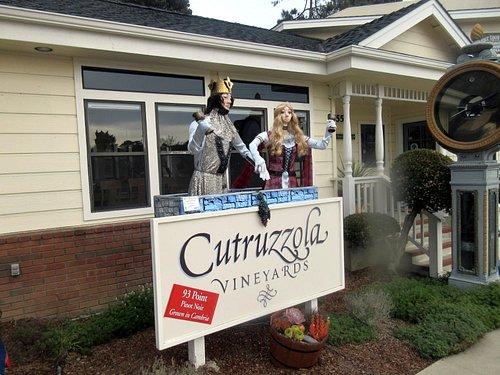 Cutruzzola Vineyards (Octobe Scarecrow Festival), Cambria, Ca