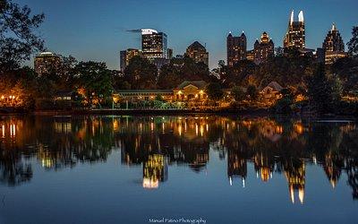 Atlanta skyline from Lake Clara Meer in Piedmont Park