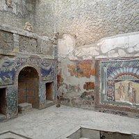 Мозаичный декор частного бассейна в Геркулануме