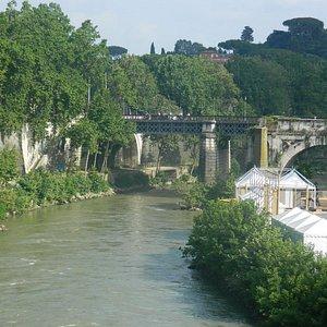 Vista desde el puente Fabricio