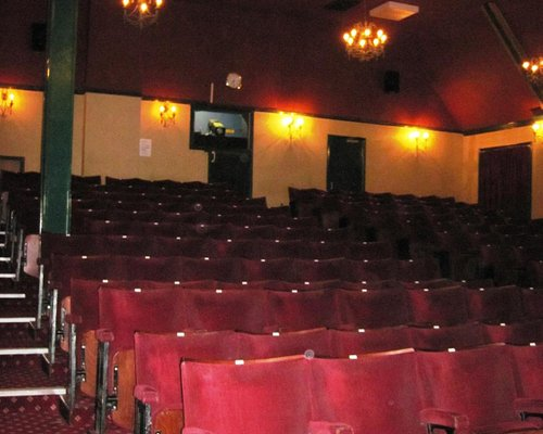 An intimate theatre that seats circa 275 patrons (29/Oct/15).