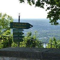 Fußweg vom Drachenfels aus hinunter nach Königswinter