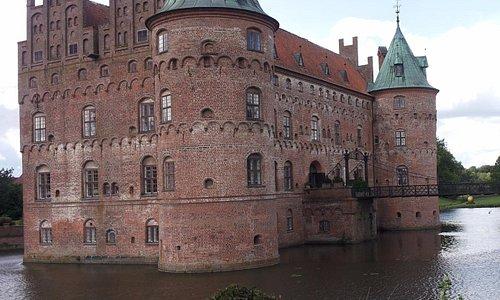 Эгесков, Дания