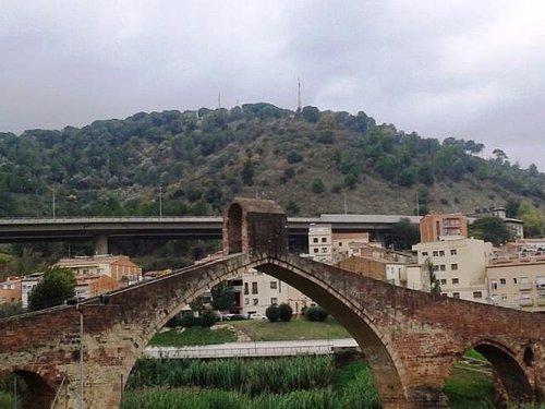 Vista exterior del puente