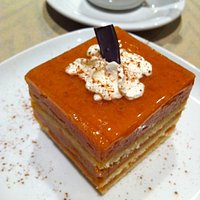 apple and pumpkin mousse cake