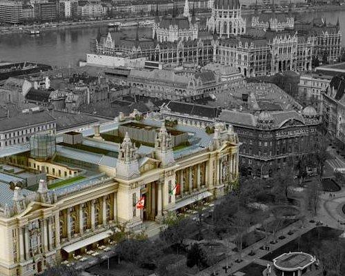 Дворец Фондовой биржи