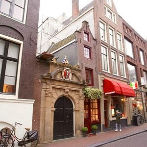 The Smallest House in Amsterdam (November 2015)