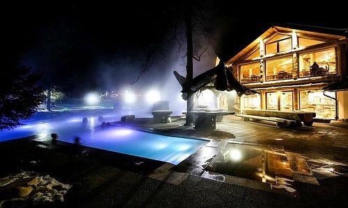 Goracy Potok by night