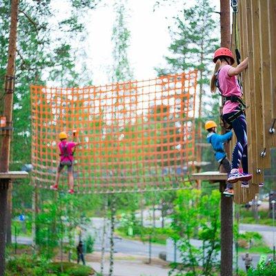 Flowpark Ähtäri Zoo. Tekemistä myös perheen pienemmille.