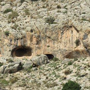 In deze grot is het|Indalo teken gevonden.