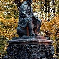 Памятник Крылову в Летнем Саду