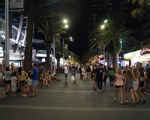 Cavill Avenue Mall-Surfers Paradise Qld