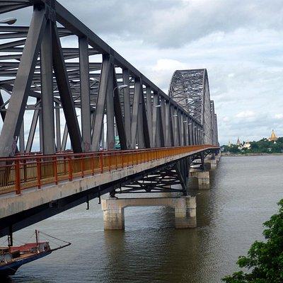 Taken from a lookout next to pedestrian walkway on Yadanabon Bridge (Mandalay side)