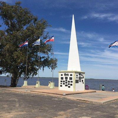 Monumento recordatorio del Desembarco de los 33 Orientales