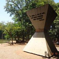 Monumento à Paz Mundial.