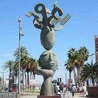 Современная скульптура на Пуэрто дель Мар